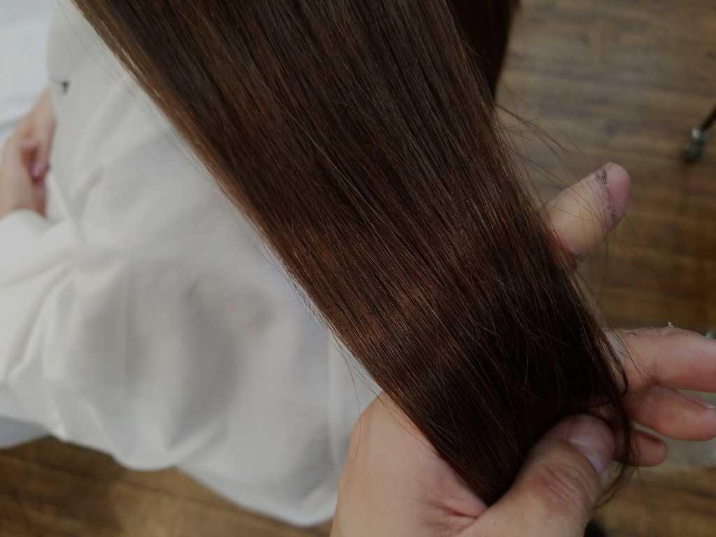 美容室でのトリートメントをした髪の毛